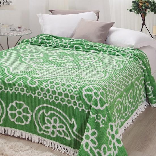 Colcha Casal Jolitex Chenille Canelada Aristocrata Verde/Branco
