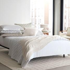 Jogo de Cama King Size The East V Branco 300 Fios Algodão Egípcio By The Bed