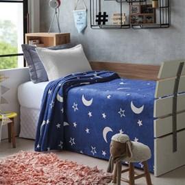 Manta Brilha no Escuro Jolitex Azul Estrelas